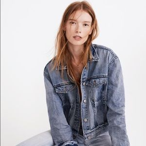 Madewell Jackets & Coats - Boxy-crop Jean jacket in Woodcourt wash